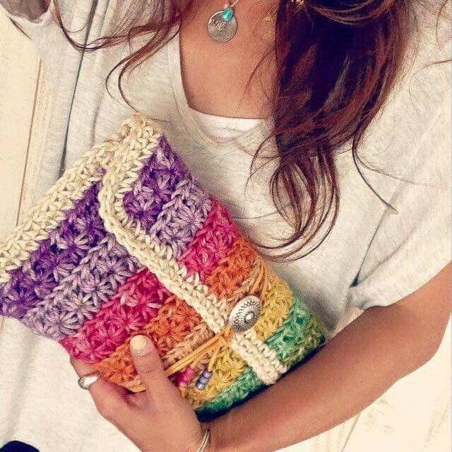 Crochet Colorful Rainbow Clutch | Star Stitch
