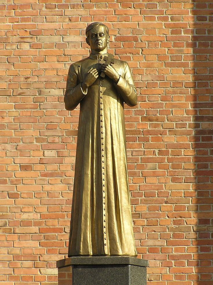 Statue of Jerzy Popiełuszko in Sieradz (2008) - Jerzy Popiełuszko - Wikimedia Commons