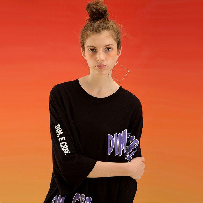 韓国ファッション 韓国ブランド Tシャツ 半袖。DIMECRES【ディムエクレス】 ドロップショルダーTシャツ/全4色【あす楽対応】【韓国 韓国ファッション 韓国ブランド 韓流 ケーポップ 春夏 メンズ レディース ユニセックス トップス 半袖 ロゴ Tシャツ】