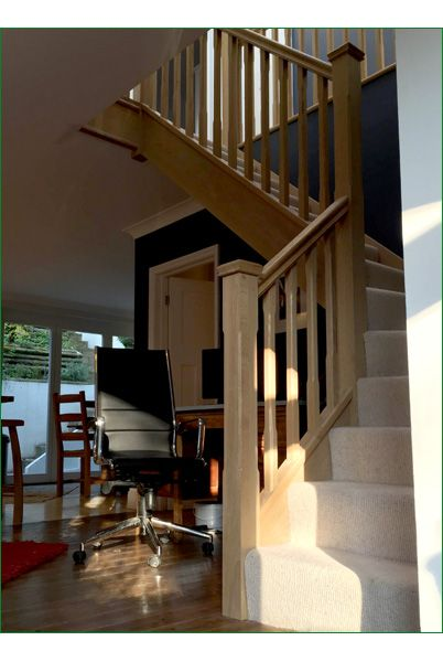 Marley Lane Staircase - This is a great example of an American white oak, single-winder staircase completed with stop-chamfered newel posts, pyramid newel caps and stop-chamfered spindles.