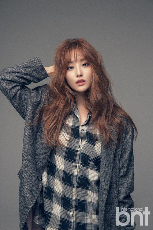 Ji Eun (SECRET) pose pour bnt International