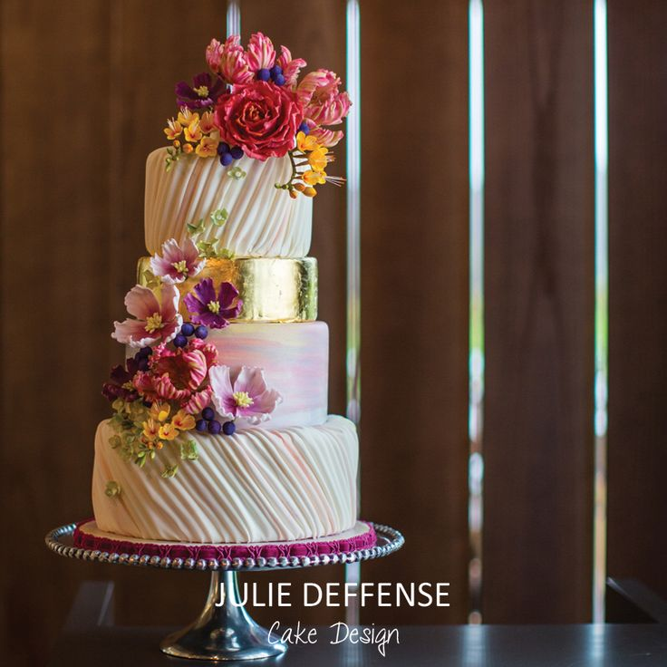 Julie Deffense, cake designer www.cake.pt - luxury wedding cakes in Portugal, Boston, Sarasota