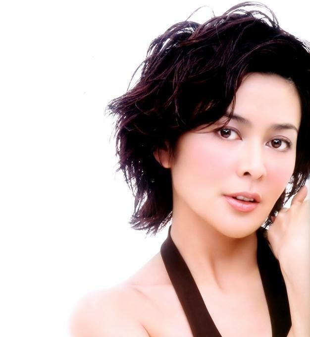 Rosamund Kwan: Long xiong hu di/Armour of god (1986) - 'A' gai wak juk jap /Project A 2 (1987) - Wong fei hun/Once upon a time in China (1991) - Wong fei hung II/Once upon a time in China 2 (1992) - Wong fei hung III/Once upon a time in China 3 (1993)