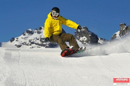 Snowboarding in the Pizol Mountains.