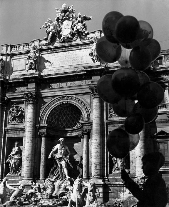 Herbert List ITALY. Rome. The Trevi Fountain. 1950.