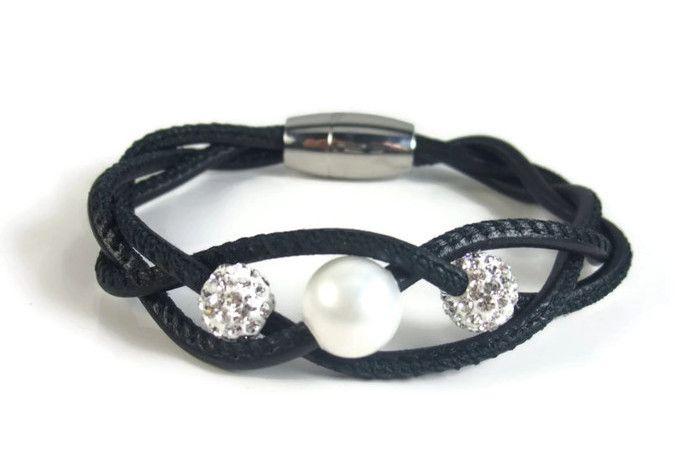 Black Leather Twist Bracelet with Pearl