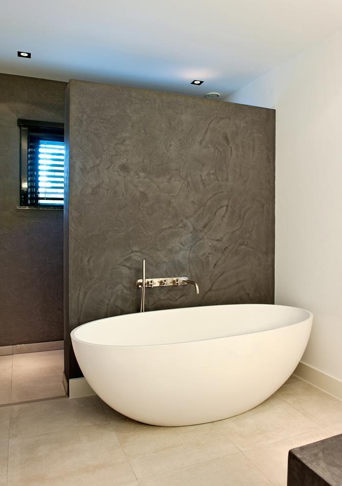 Les 471 meilleures images propos de salle de bains en b ton concrete bathroom sur pinterest - Idee deco betegelde badkamer ...