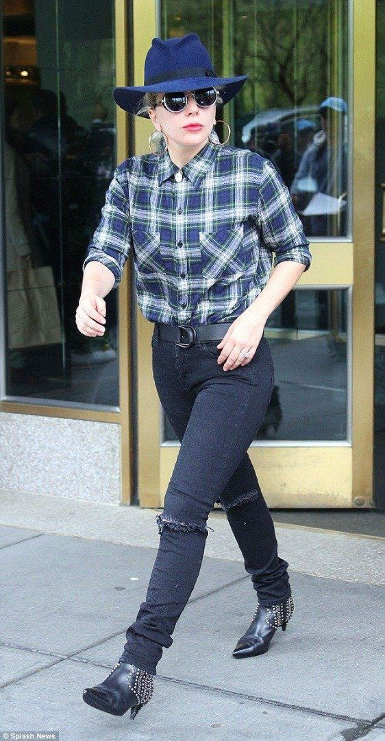 Lady Gaga loves a fedora to style up her jeans   How to Take Your Jeans from Casual to Chic