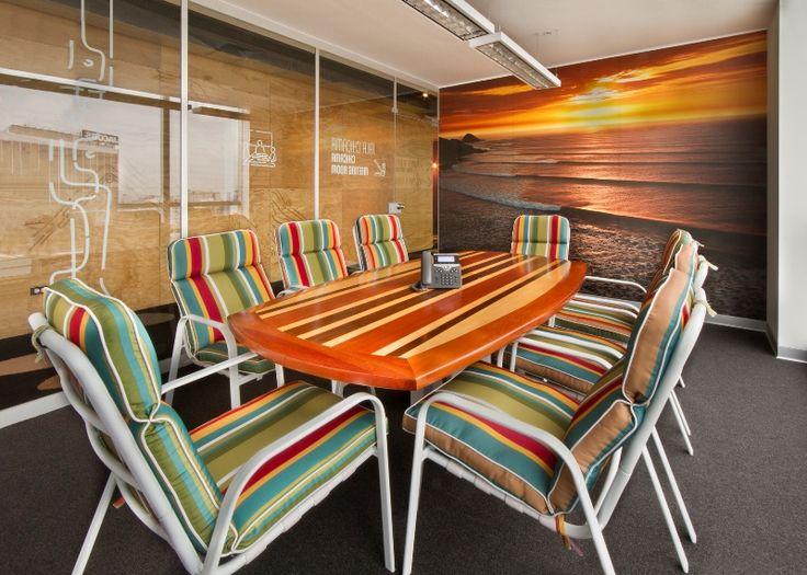 Sala de reuniones. Booking.com Miraflores, Perú I #Contract #Workplaces