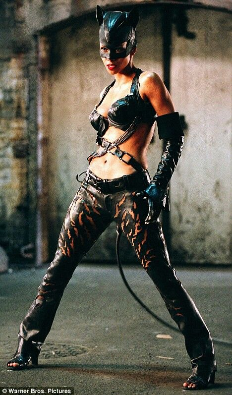 25 best Halle berry pictures images on Pinterest | Cat ...