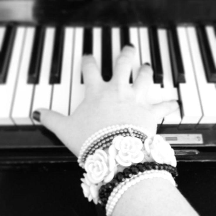 Musiker, låtskrivare, artist. Lisa Lindebergh #vaxholm #musik