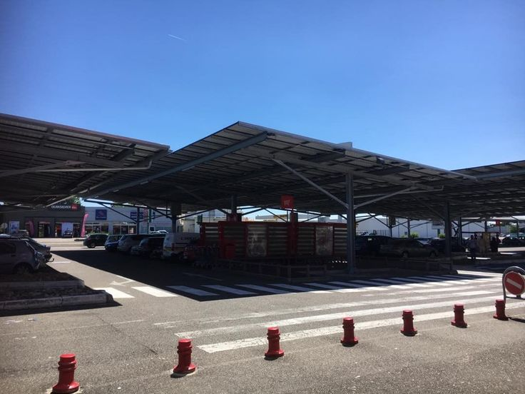 Our local supermarket in Agen south-west France invested in solar panels to cover the entire car park. Shade in summer protection from rain in the winter and meanwhile generating enough electricity to run not only the supermarket but many other local businesses. Why can't more places do this?  #solarpanels #thesunisenergy l#harnessthesun #energyforfree #holidaysinfrance #agen #lotetgaronne #uksupermarketstakenote #tesco #sainsburys #waitrose #aldi #lidl #morrisons #whatagoodidea