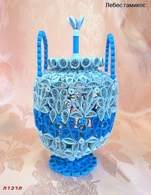 quilling flower vase 3d with Quilling Vasesbowlsbaskets on Paper Quilling Illustrations Meloney Celliers together with Tag 172 Paper Quilling Ideas P1 likewise Make An Easy Origami Boomerang In 3 Minutes That  es Back likewise Watch besides Paper Quilling Flower Making.
