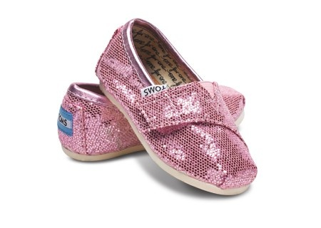 Lily would love these!: Pink Sparkly, Kids Stuff, Baby Toms, Glitter Toms, Tiny Toms, Toms Shoes, Future Kids, Pink Glitter, Fashionista Stuff