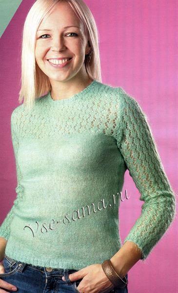 Зеленый свитер мохер
