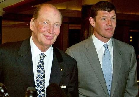 James Packer - son of Kerry Packer..  Biography..  He and Lauchan Murdoch fell for the 'One Tel' - Jodie Rich scam..