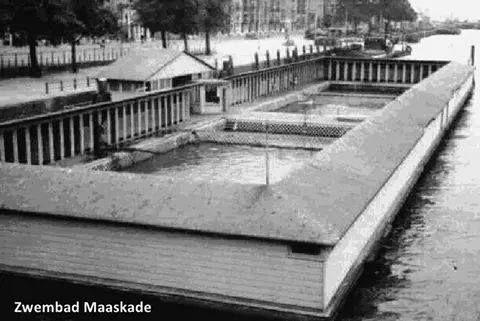 Nog een keer zwembad Maaskade