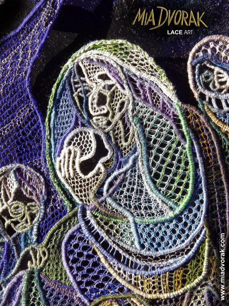 Pellegrini sotto le stelle... (Ritorni) - dettaglio Primo Concorso un merletto per Venezia sul tema della Pace 2014. Bohemian Needle Lace, merletto ad ago boemo su ferro battuto policromo e Swarovsky  #bohemianneedlelace #merlettoadagoboemo #merlettoadago #miadvorak #sitakrajka #dentellealaiguille #dentelle #pellegrinisottolestelle #miadvorak2014 #concorsomerlettopace   #unmerlettopervenezia