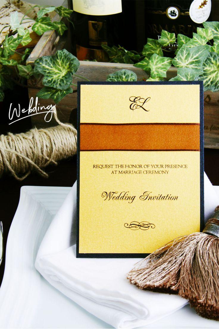 結婚式 招待状「アーバンイエロー」   イタリア製の輸入ものです。 ゴールドの紙は日本にも色々ありますが、この作品で使っている紙は 同じ金でもこちらの金には重さがあり、奥深さを感じます。 イタリアンチックなロマンを感じるのは私だけでしょうか・・・  by ペーパーディレクターおがってい。   WEBDING|ウェブディングでは148種類の招待状がHPから無料サンプル請求OK!、日本橋店ではペーパー相談会随時開催中(予約優先 03-3527-3868) #ウェディング #ペーパーアイテム #結婚式 #結婚式招待状 #手作り #DIY