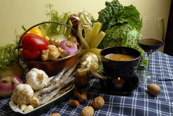 Bagna Cauda: la vera ricetta, 7 passaggi per farla bene (e il galateo)