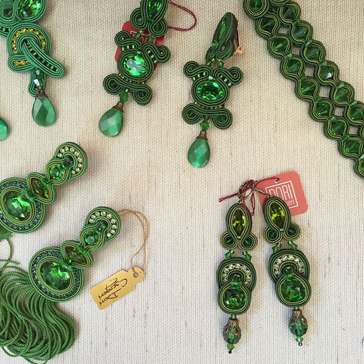 Satisfy your green obsession with Dori's Vesper collections... #DoriCsengeri…