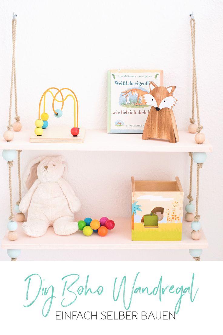 Boho hanging shelf with balls to build yourself // DIY Boho shelf