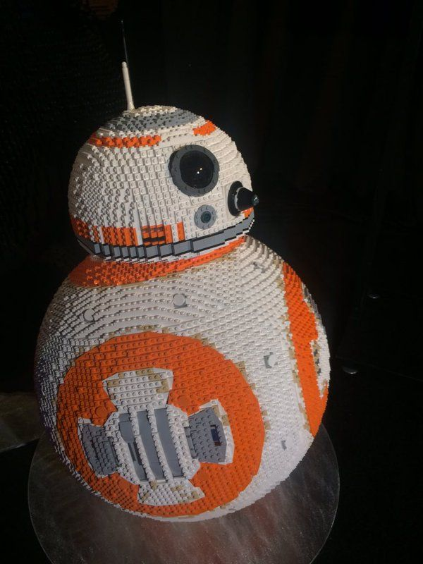 Star Wars: The Force Awakens World Premiere Red Carpet Event - LEGO BB-8