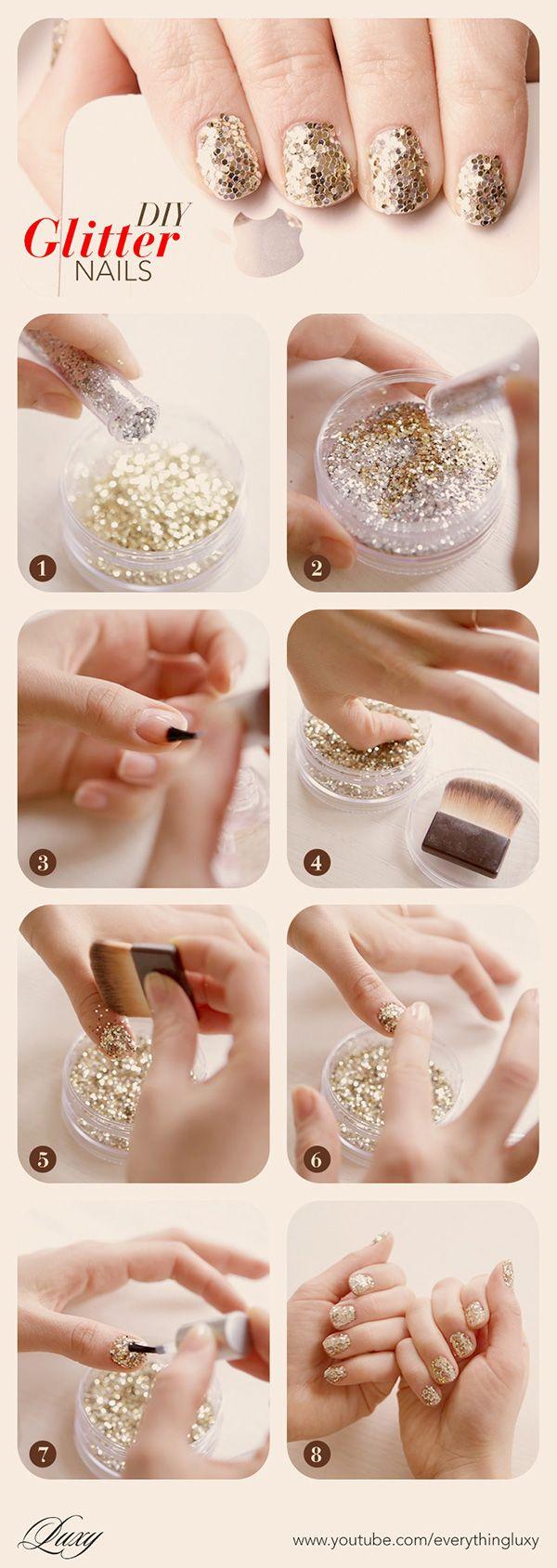(Golden) glitter nails (Goude) glitter nagels. Not homemade, niet zelfgemaakt