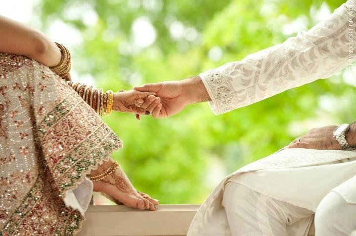 dulhan indian pakistani bollywood bride desi weddingdulhan indian pakistani bollywood bride desi wedding bangles henna mehndi  dulha groom