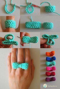 Crochet bow ring, free pattern, video tutorial and photo tutorial, written instructions/ Anillo de moño tejido, patrón gratis, video tutorial y foto tutorial, instrucciones escritas: