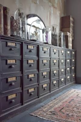 antique reference & archive