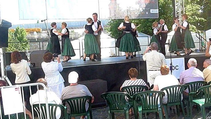 """HOLLOS LAJOS"" TANZGRUPPE AUS KROTTENDORF/BUDAPEST 2017 06 24"