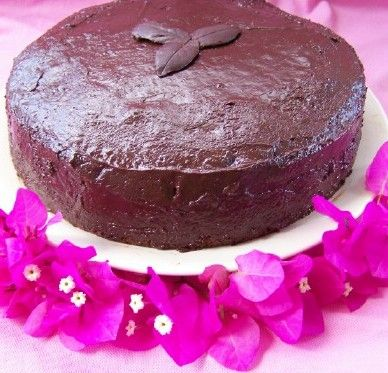 """Торт """"Шоколад на кипятке"""" из этого теста можно делать и брауниз, кап-кейкс...Результат всегда превосходный !"""