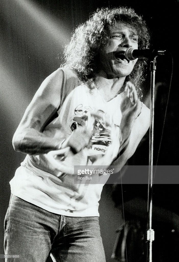 Lou Gramm looked every inch the tousie-headed rock singer and his vocal skills seemed to be in as good a shape as ever; says reviewer Lenny Stoute.