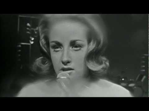 ▶ Lesley Gore - You Don't Own Me (HD) - YouTube ...as a child this was the first song I heard that gives women the power back; you go Leslie!