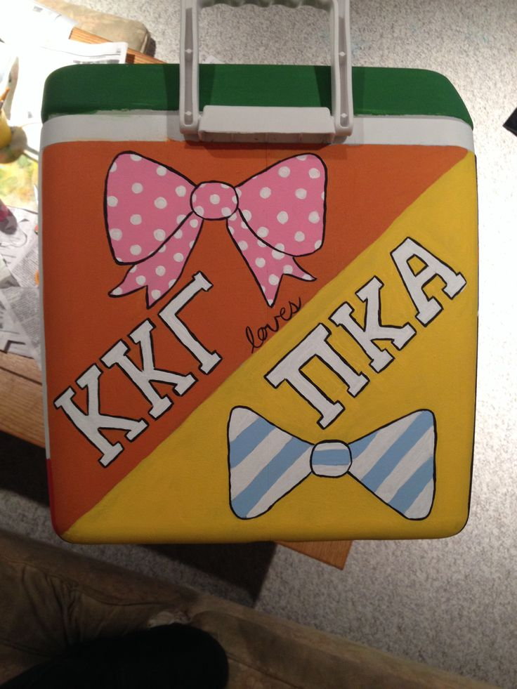 Fraternity cooler. Pike mountain weekend. KKG loves PIKE. University of South Carolina (Emily Engoron KKG)