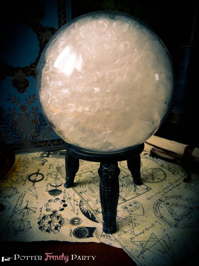 Potter Frenchy Party - diy crystal ball divination class Harry Potter -(thinking sm fish bowel, bubble wrap, and stand)!