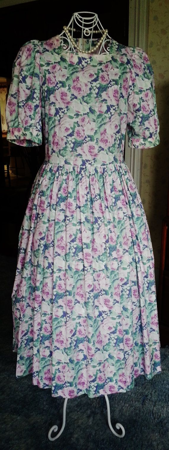 Vintage Laura Ashley Dress 1980 / Size SM / Floral by lizziebear59, $49.00