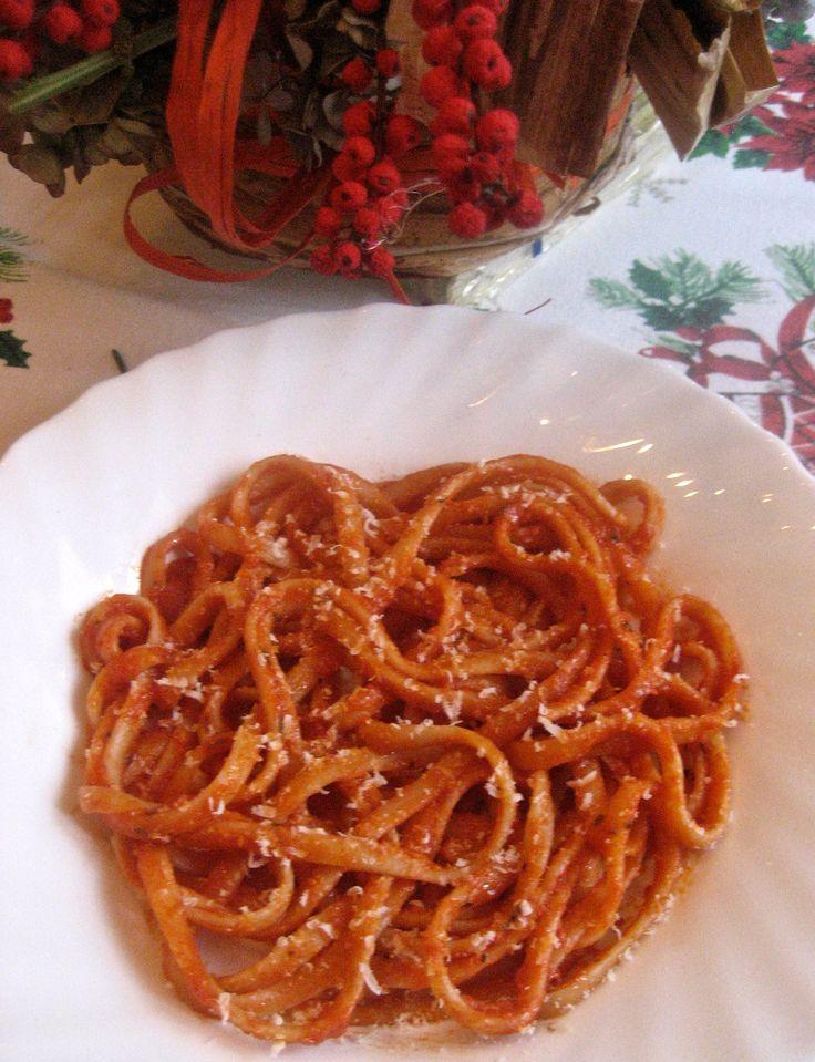 10th Day of Christmas -Fettucine con Sugo Semplice | Kitchen Paradiso