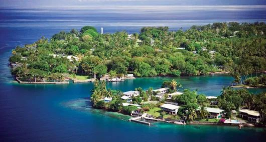 Papua New Guinea Country in Oceania In the southwestern Pacific, encompasses the eastern half of New Guinea and its offshore islands. A country of immense cultural and biological diversity, it's known for its beaches and coral reefs.... Ted Frank