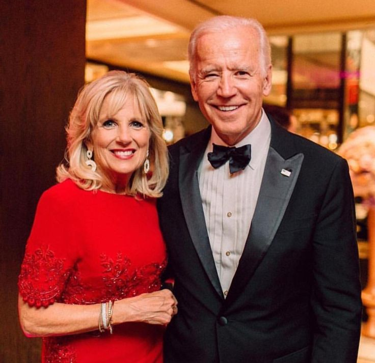 VP and Second lady Jill Biden at the #tonys 2017