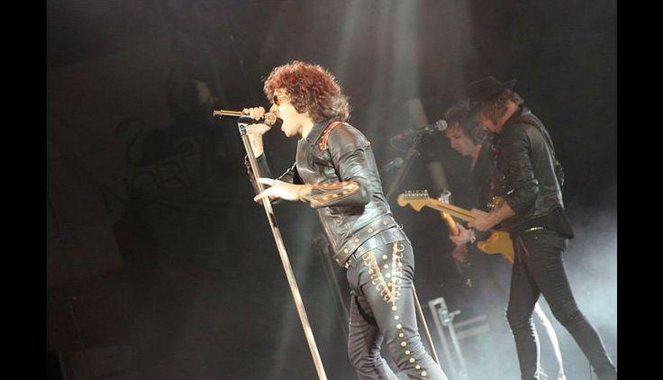 El cantante hizo corear todas sus canciones a sus incondicionales seguidores. #concierto #Perú