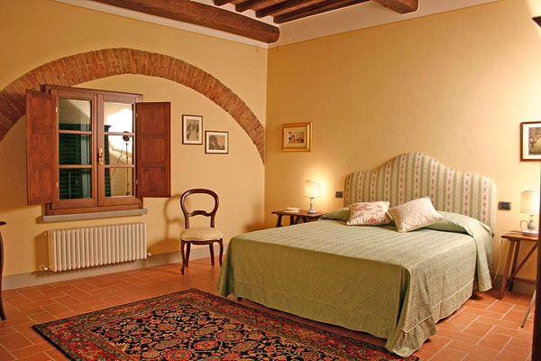 Double bedroom, Cortona, Tuscany
