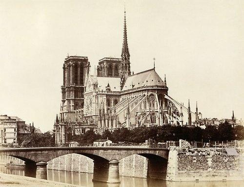 Edouard Baldus,Notre-Dame (Abside), Paris, ca. 1860.  Source: Metropolitan Museum of Art