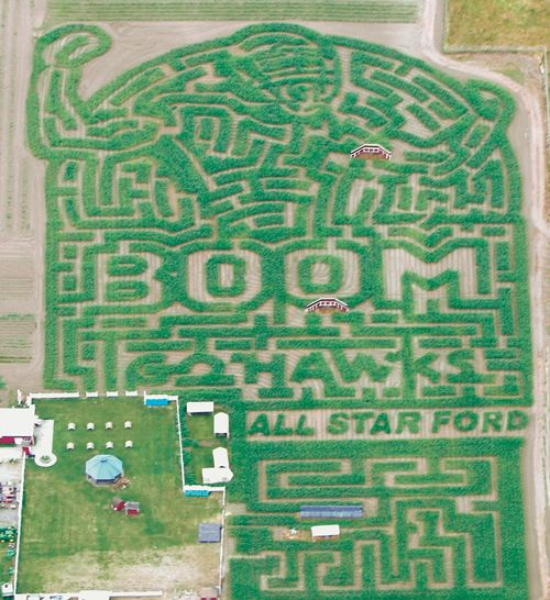 Rutledge Corn Maze in Olympia, Washington This is so cool!!  There will even be Seahawk players there!!