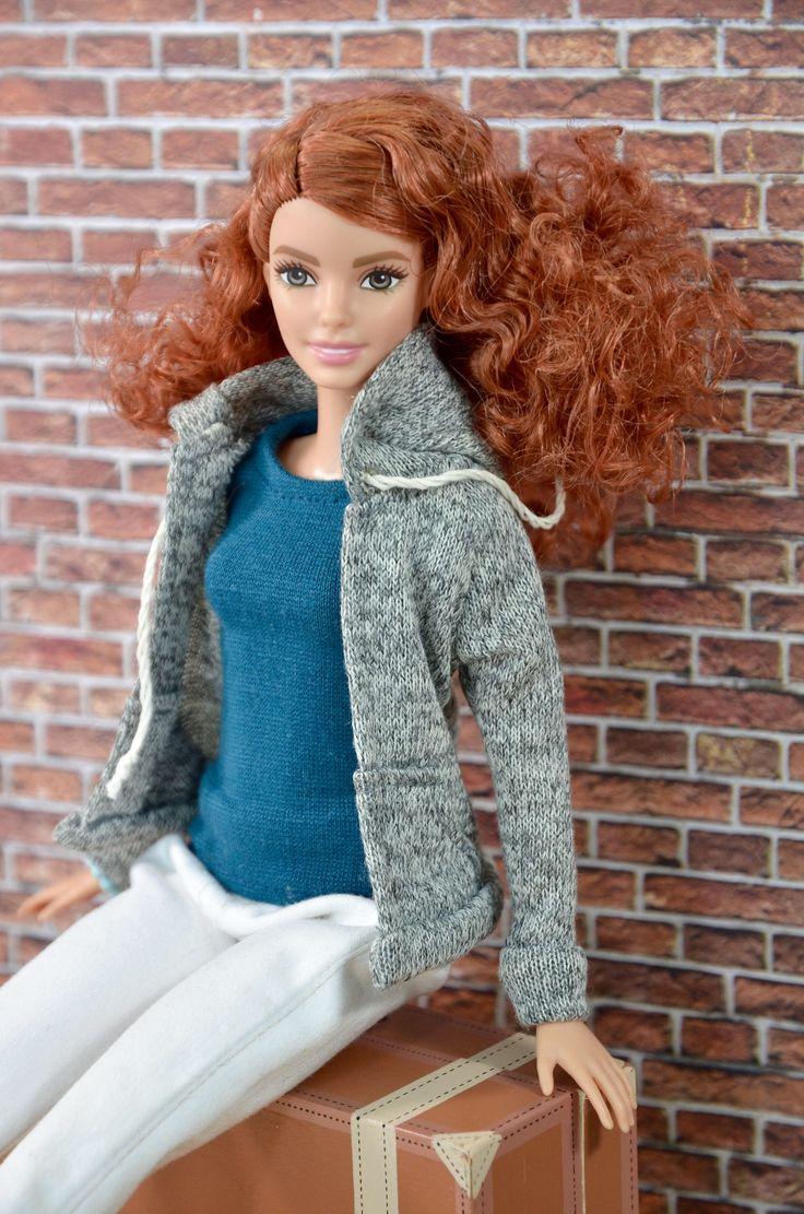Le chouchou de ma boutique https://www.etsy.com/ca-fr/listing/534160507/vetement-momoko-vetement-barbie-barbie