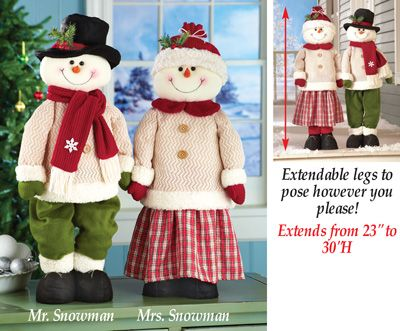 Standing Snowman Couple with Extendable Legs