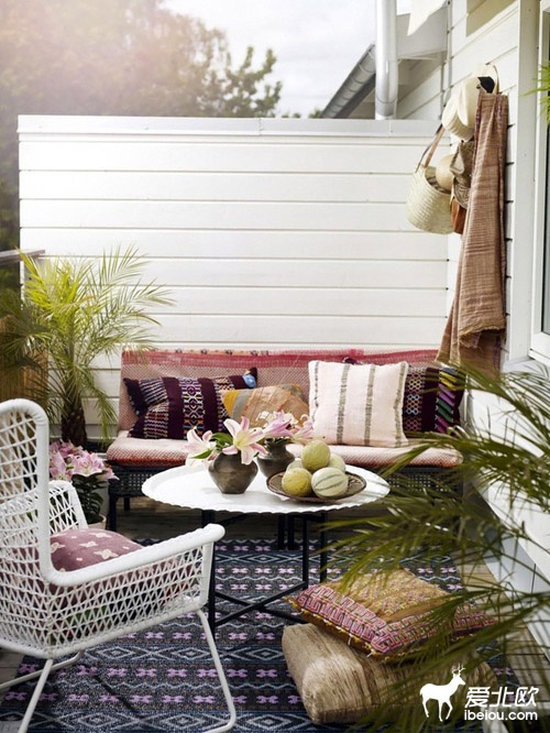 another great idea for balconies or small patio.