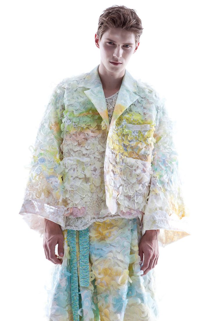 KA WA KEY Spring Summer 2016 London Collections: MEN Experimental sensuous romantic textile on Menswear / Womenswear / Knitwear as an east-meet-west impressionism painting Crack Jacket Crack Shorts see more at: http://kawakey.com