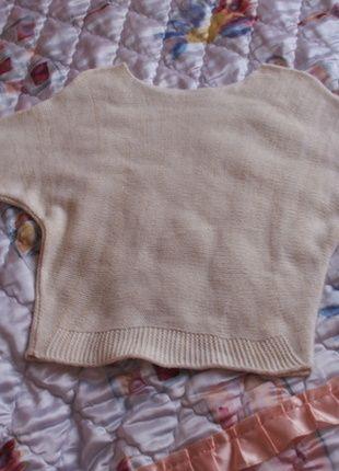 Kup mój przedmiot na #vintedpl http://www.vinted.pl/damska-odziez/swetry-z-dzianiny/2687584-bialy-sweterek-zlota-nic